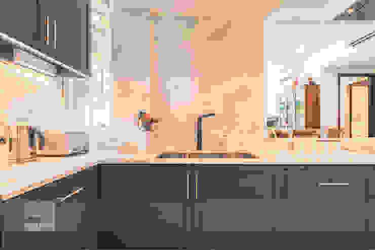 Modern Indochina Mediterranean style kitchen by Meter Square Pte Ltd Mediterranean Tiles