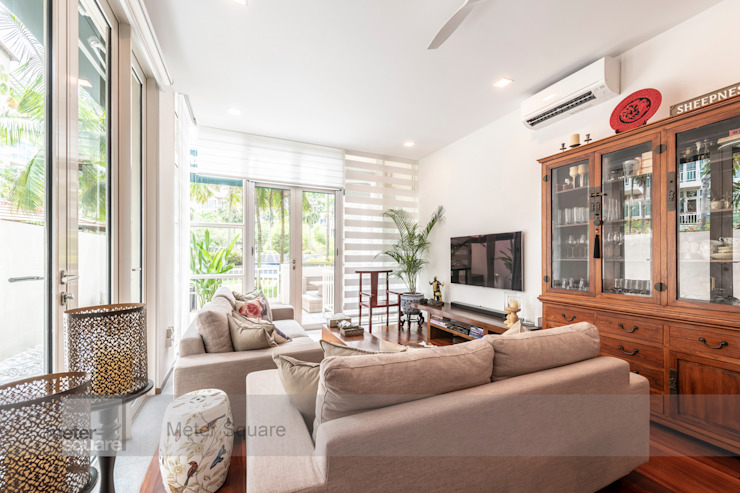 Modern Indochina Mediterranean style living room by Meter Square Pte Ltd Mediterranean Solid Wood Multicolored