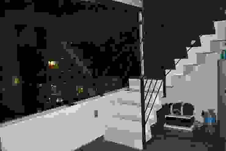 MSG Architecture SA DE CV Minimalistische Wohnzimmer Beton Weiß