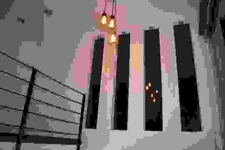 MSG Architecture SA DE CV Minimalistischer Balkon, Veranda & Terrasse Beton Weiß