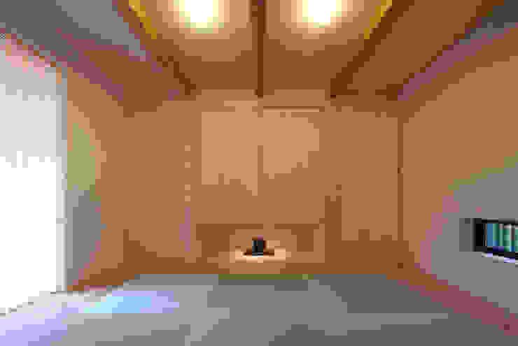 タタミルーム モダンデザインの 多目的室 の 有限会社笹野空間設計 モダン