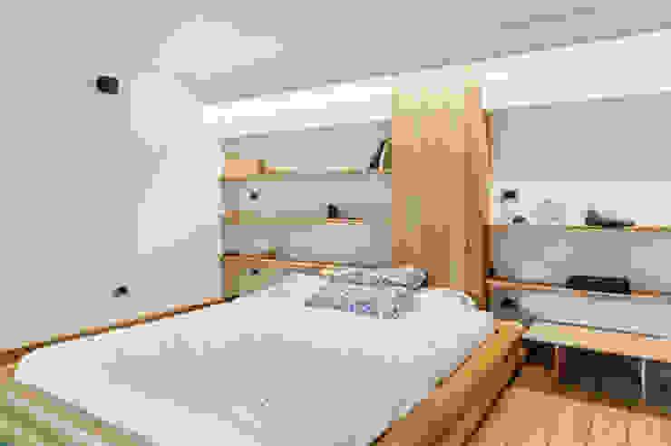 Loft Stile Industriale Camera da letto in stile industriale di Dr-Z Architects Industrial