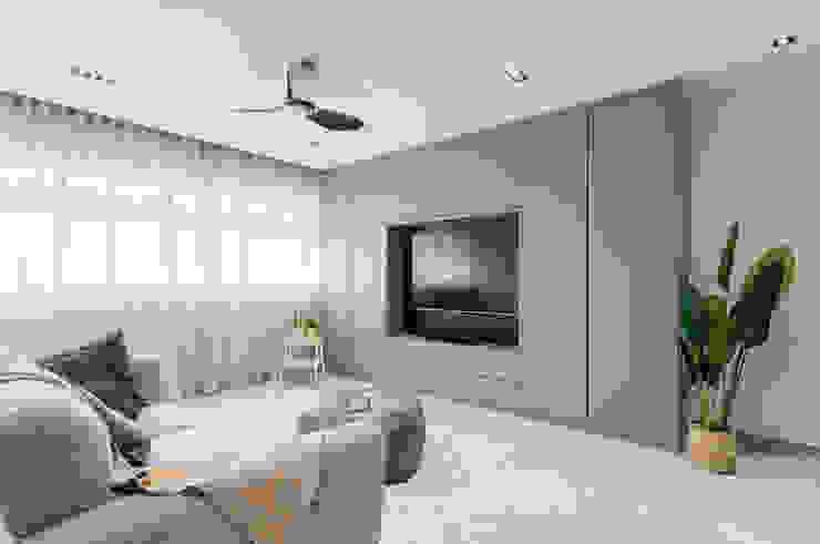 Modern Contemporary in Bleen Meter Square Pte Ltd Scandinavian style living room Wood White