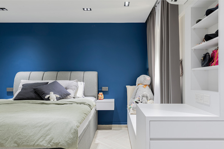 Modern Contemporary in Bleen Meter Square Pte Ltd Scandinavian style bedroom Wood Multicolored
