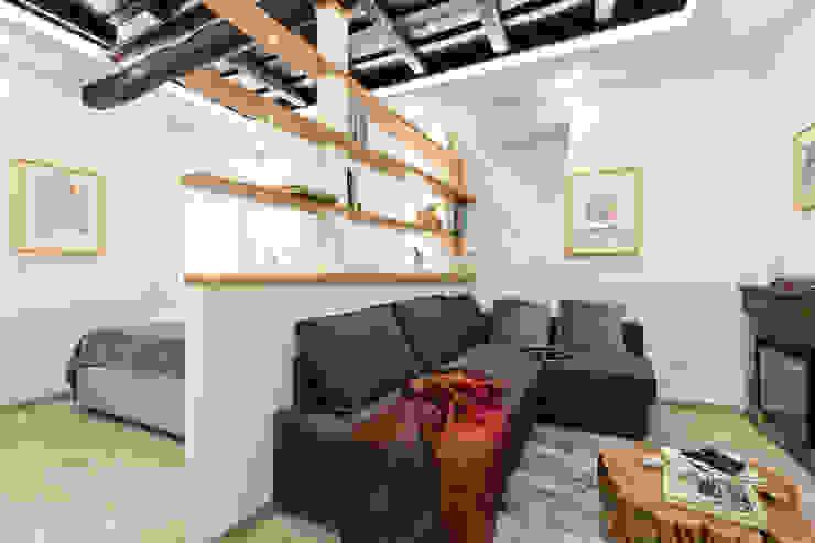 Salotto Soggiorno moderno di Dr-Z Architects Moderno