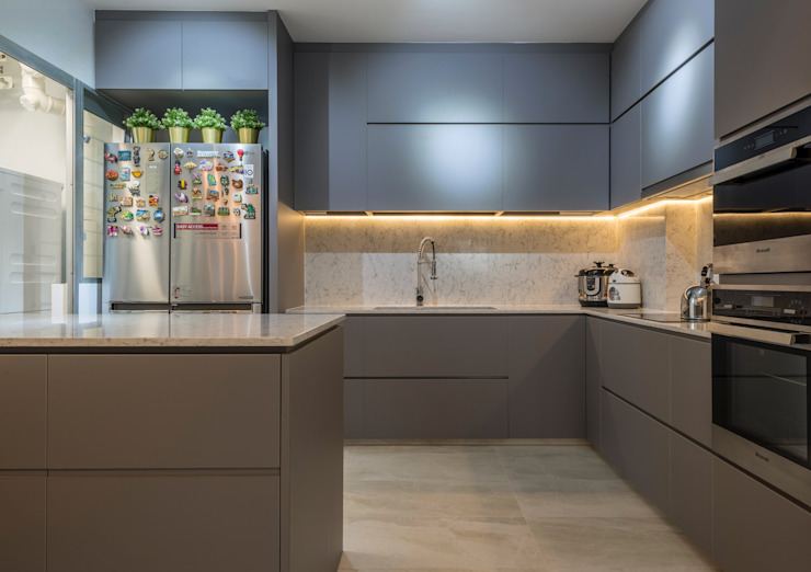 Modern Indochine Meter Square Pte Ltd Modern kitchen Tiles Multicolored