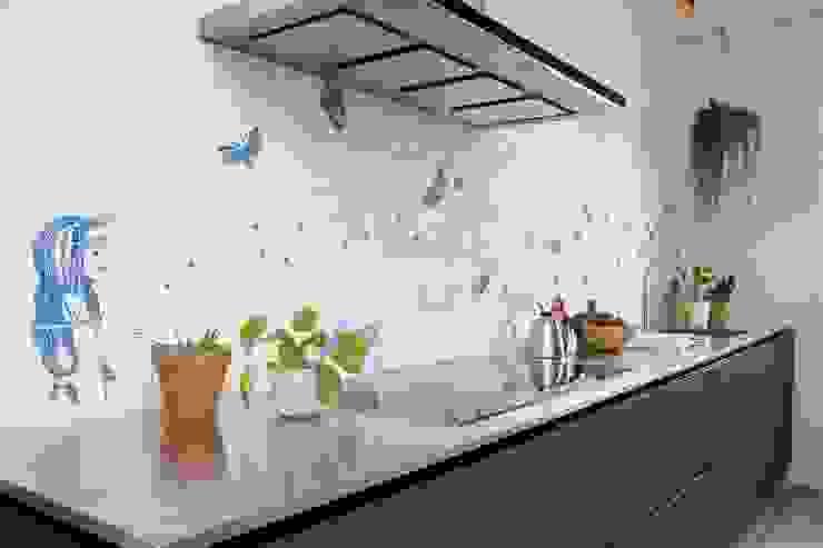 Eclectic style kitchen by José den Hartog Eclectic Tiles