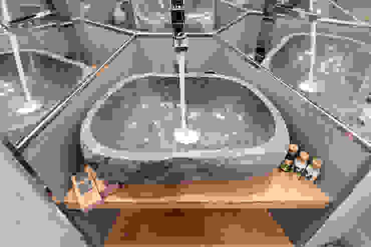 Dettaglio bagno Dr-Z Architects Bagno moderno