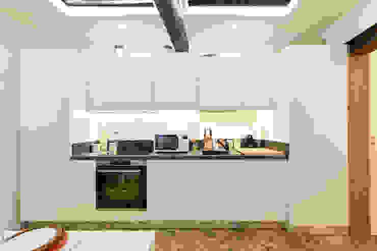 Cucina Dr-Z Architects Cucina moderna