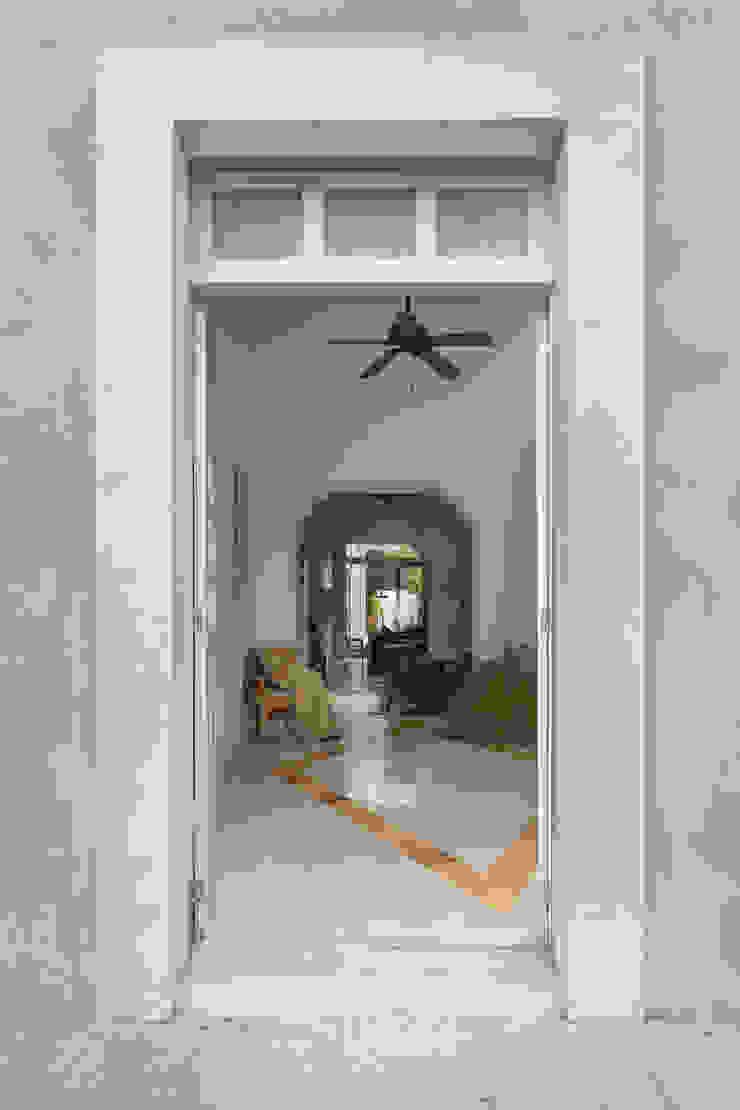 Taller Estilo Arquitectura Single family home Concrete Grey