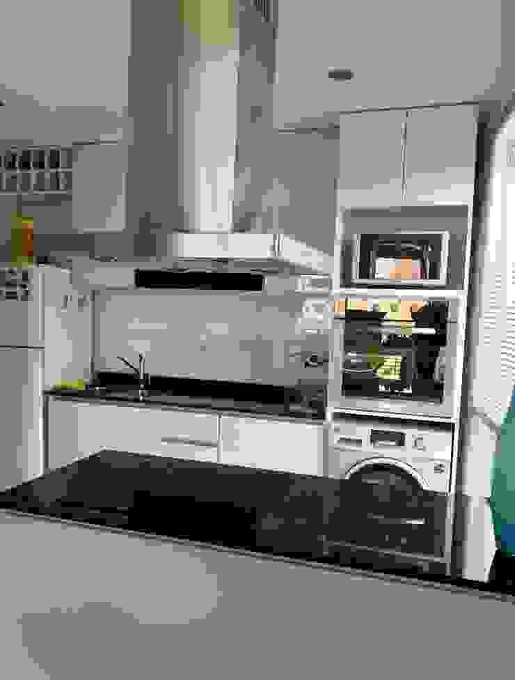 Departamento Bustamante - Cocina 02 de D4-Arquitectos Moderno Vidrio
