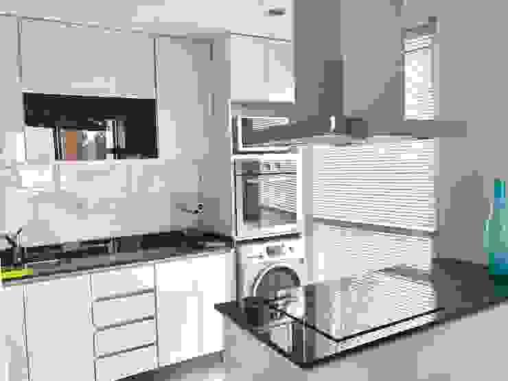 Departamento Bustamante - Cocina 03 Cocinas modernas: Ideas, imágenes y decoración de D4-Arquitectos Moderno Vidrio