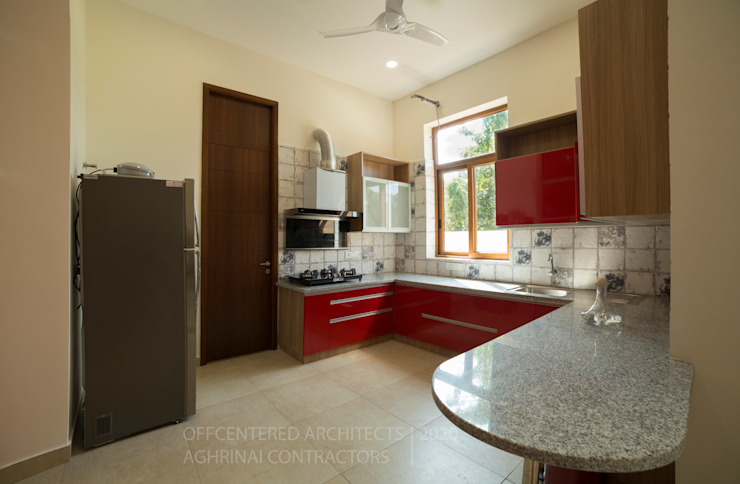 Customised modular kitchen interiors Offcentered Architects Small kitchens Plywood Red
