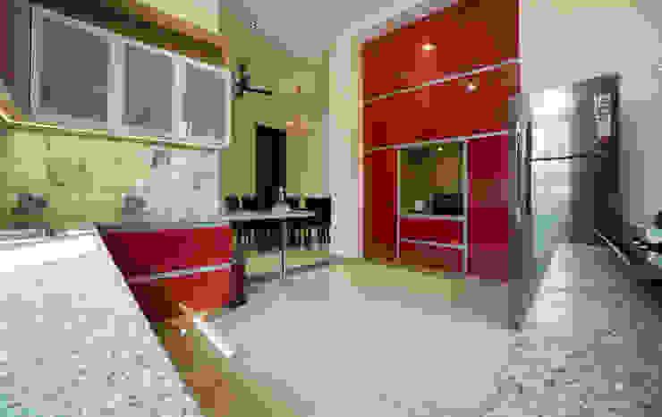 Offcentered Architects Küchenzeile Sperrholz Rot