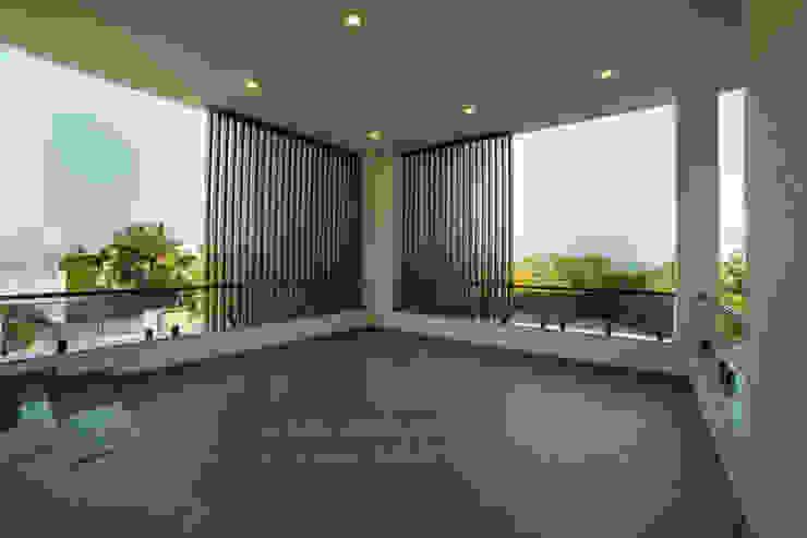Offcentered Architects Balkon
