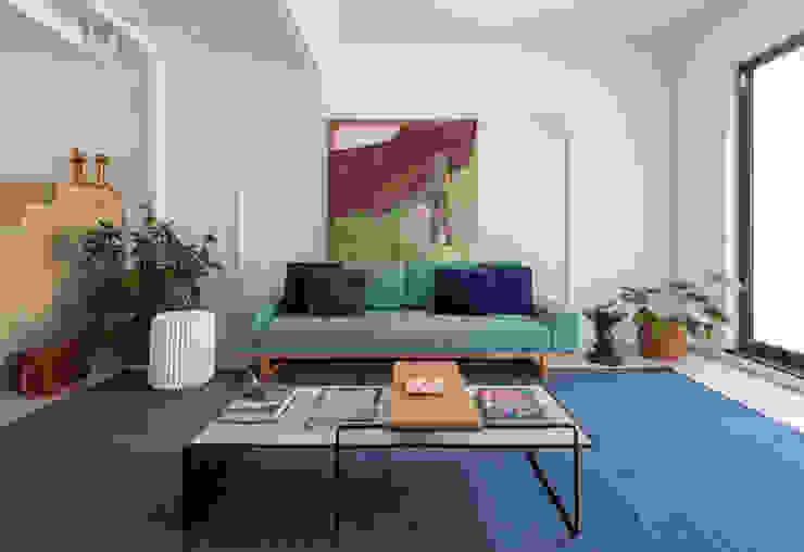 INÁ Arquitetura Salas de estilo moderno