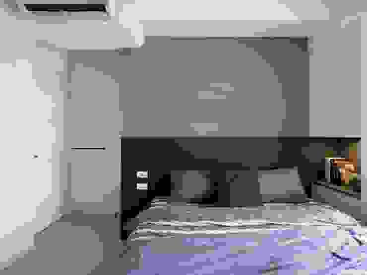 主臥室 根據 FEELING室內設計 簡約風