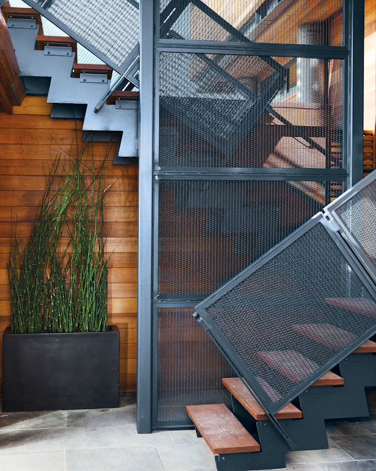 Green Living Ltd Escaleras