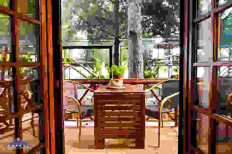 BANEVA Ahşap Yapılar Hoteles de estilo minimalista