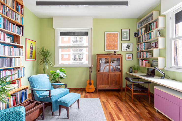 Home Office Fábio Frutuoso Arquitetura Escritórios modernos Madeira Azul