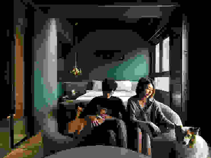 在家躺好 ft.老婆視角 现代客厅設計點子、靈感 & 圖片 根據 漢玥室內設計 現代風