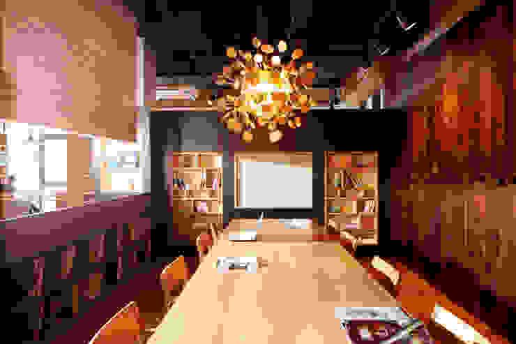 소회의 공간(Meeting Zone) 스칸디나비아 스타일 바 & 클럽 by 안주영디자인연구소 북유럽 금속
