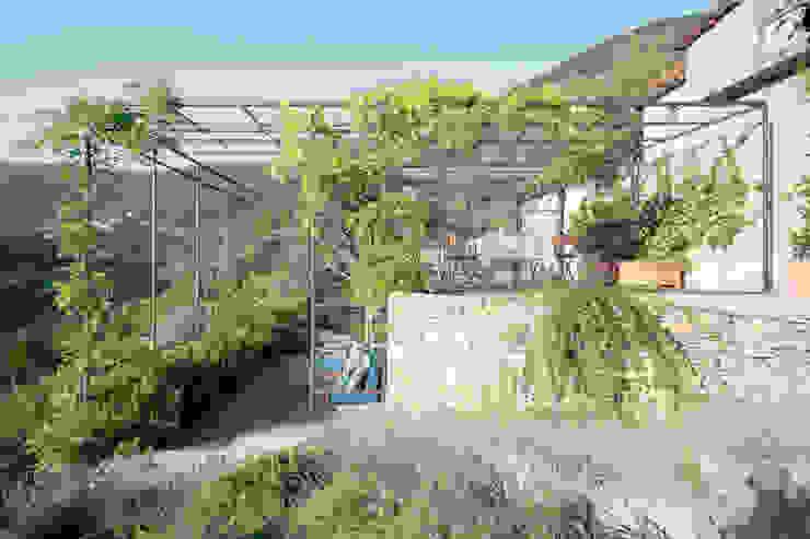 marta carraro Jardines de estilo mediterráneo