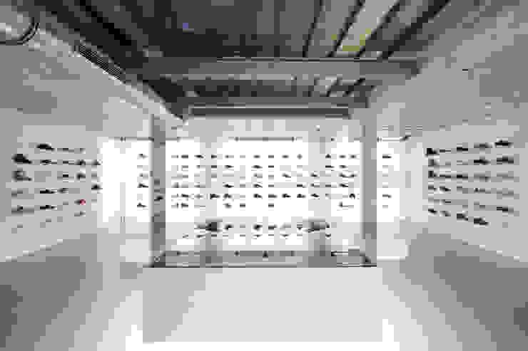 Studio DLF Commercial Spaces