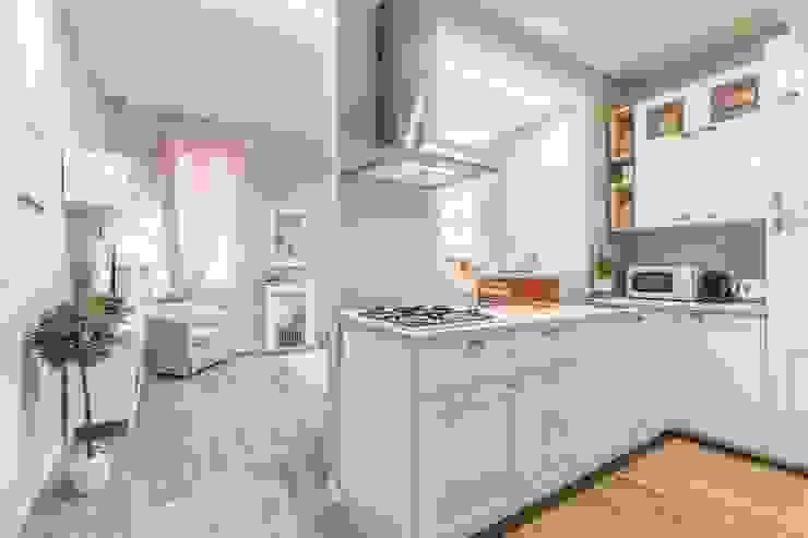 angolo cottura Biondi Architetti Cucina in stile classico Grigio