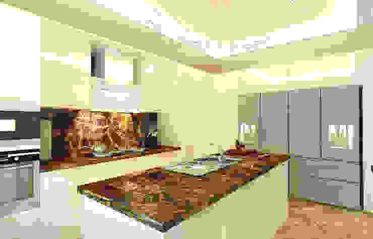Modern kitchen with island Modern kitchen by Algedra Interior Design Modern
