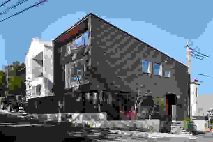 HAN環境・建築設計事務所 Passive house Metal Black