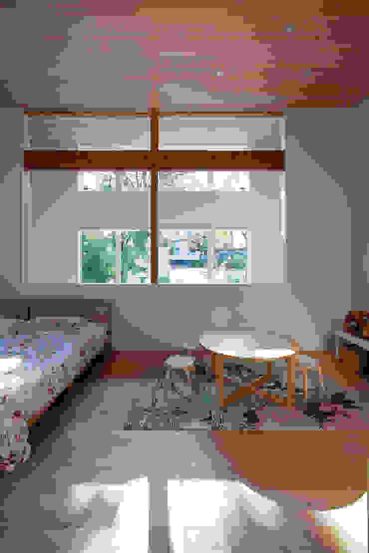 HAN環境・建築設計事務所 Спальня для дівчаток Білий