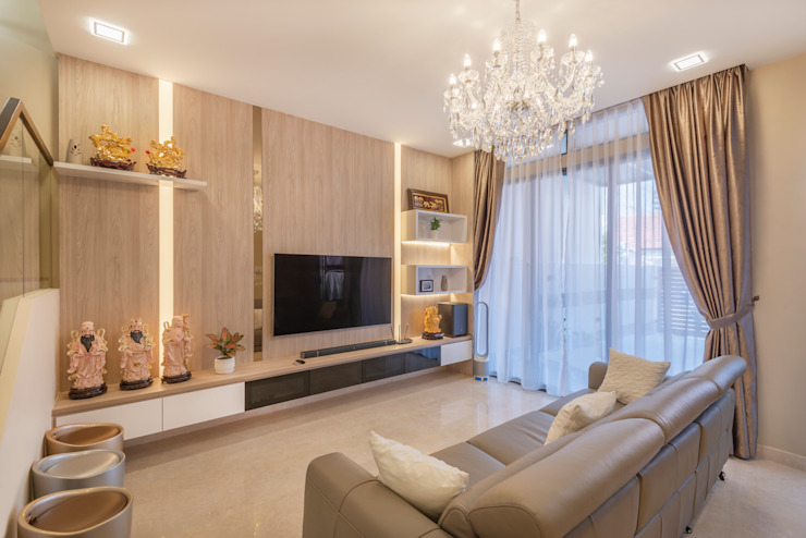 Project : 151 Onan Road E modern Interior Design Living roomTV stands & cabinets Wood effect