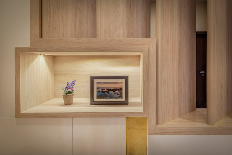 Project : 151 Onan Road E modern Interior Design Living roomShelves
