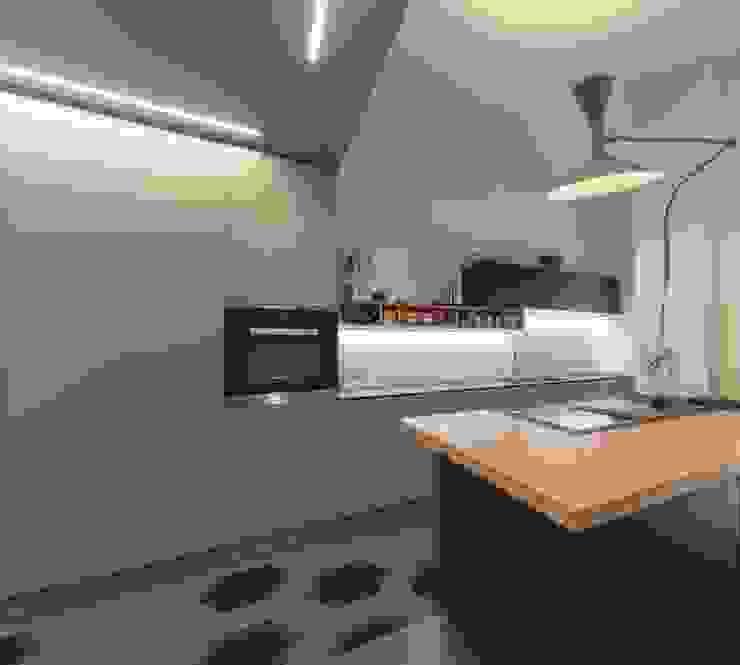 zona Tortona ristrutturami Cucina moderna MDF Grigio