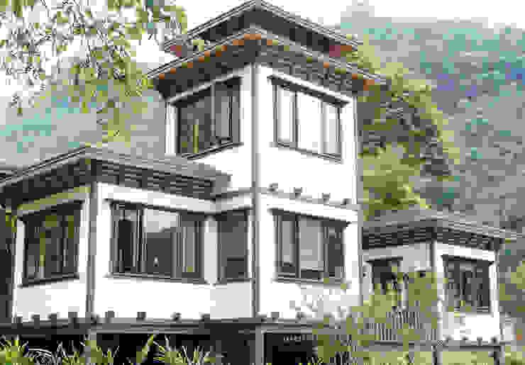 茅花一兩餐廳 根據 居林木構建築|木屋設計|木屋建造|木屋保養|整體規劃設計營建 日式風、東方風 木頭 Wood effect