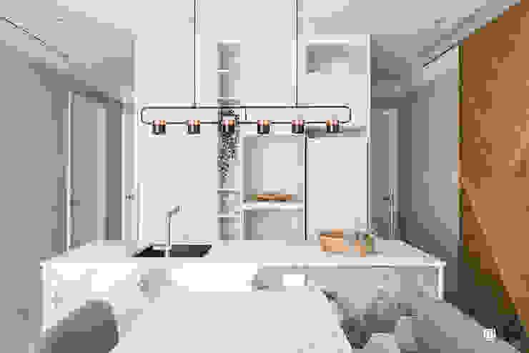 Minimalist dining room by 禾川系統傢俱 Minimalist