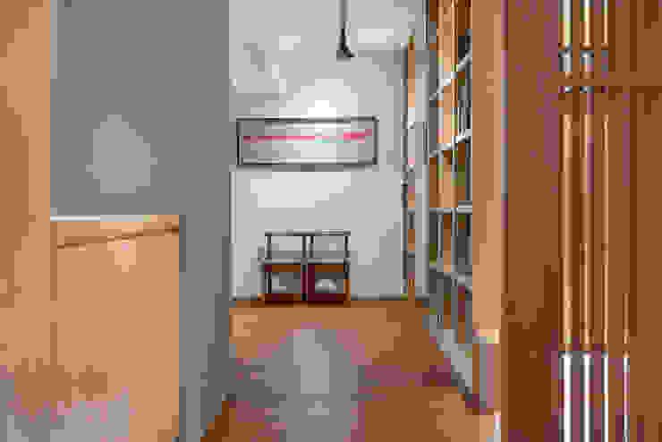 禪意境 亞洲風玄關、階梯與走廊 根據 極品家室內裝修設計工程有限公司 日式風、東方風