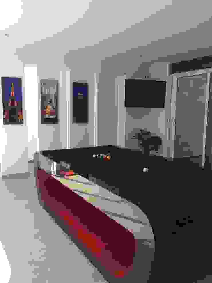 Salón de Juegos Salas multimedia modernas de CESAR MONCADA SALAZAR (L2M ARQUITECTOS S DE RL DE CV) Moderno