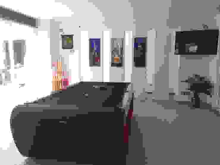 Salon de Juegos Salas multimedia modernas de CESAR MONCADA SALAZAR (L2M ARQUITECTOS S DE RL DE CV) Moderno