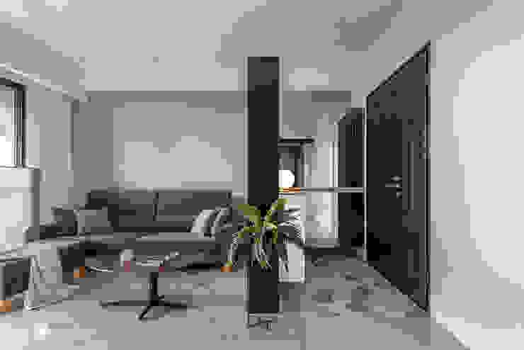 澄曦 REBIRTH 斯堪的納維亞風格的走廊,走廊和樓梯 根據 禾川系統傢俱 北歐風