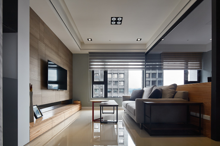 華固 现代客厅設計點子、靈感 & 圖片 根據 城隅設計 現代風