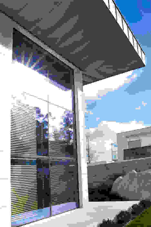 Mundartificial uPVC windows Aluminium/Zinc Grey