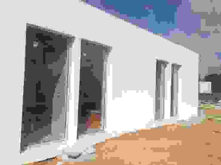 Luz e ventilação natural... Torlaca Casas de campo
