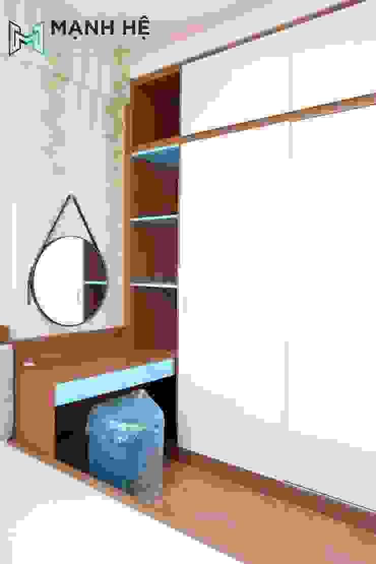 Thi công bàn trang điểm nối liền tủ quần áo gỗ công nghiệp bởi Công ty TNHH Nội Thất Mạnh Hệ Hiện đại