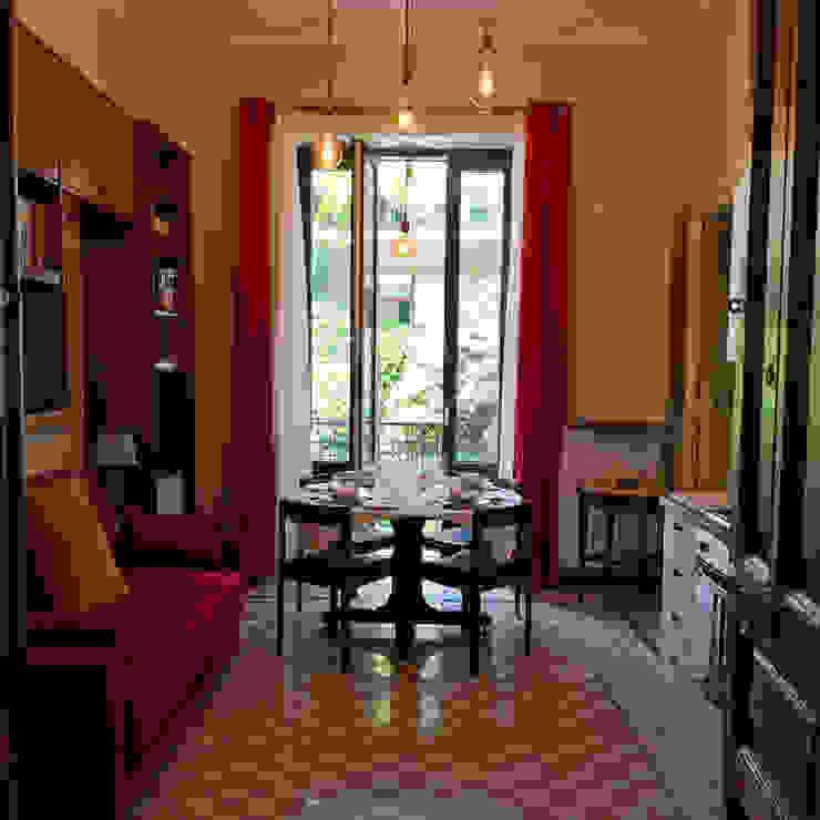"Casa Vacanze ""Archi Medievali"" Gianfranco Massari Architetto Sala da pranzo moderna"