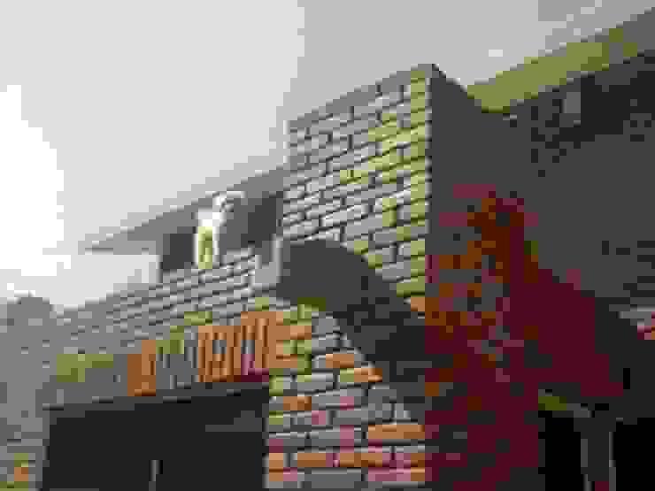 Gárgolas de desagüe Casas rústicas de CESAR MONCADA SALAZAR (L2M ARQUITECTOS S DE RL DE CV) Rústico