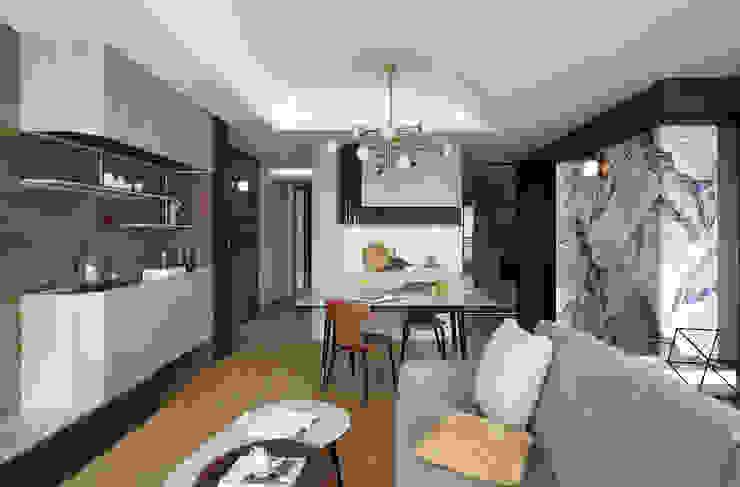 恬適清新沐光宅 譜寫兩人一貓的幸福生活 现代客厅設計點子、靈感 & 圖片 根據 千綵胤空間設計 現代風 塑木複合材料