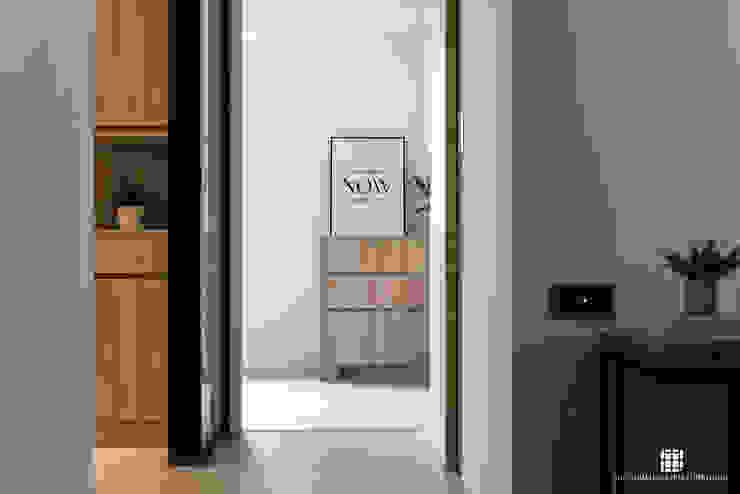 荷蘭村 亞洲風玄關、階梯與走廊 根據 禾川系統傢俱 日式風、東方風