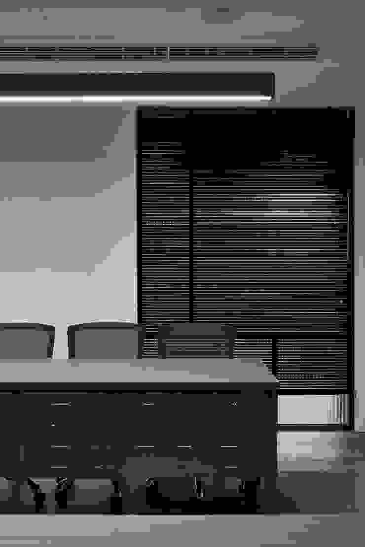 桃園辦公室 根據 城隅設計 工業風